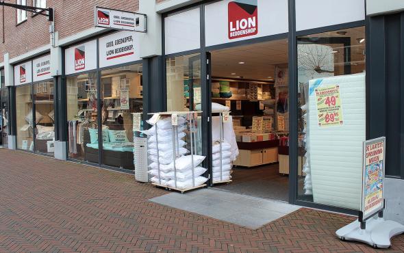 Lion Beddenshop beddenwinkel Spijkenisse